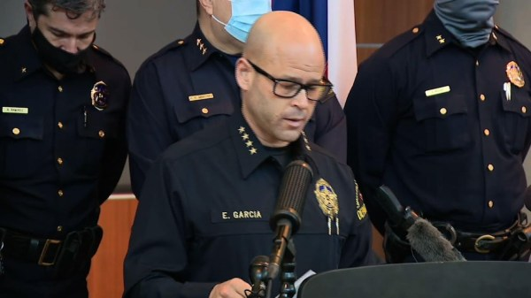 Dallas police officer charged in 2017 killings