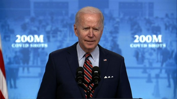 Hailing 200M shots, Biden pushes paid vaccine leave