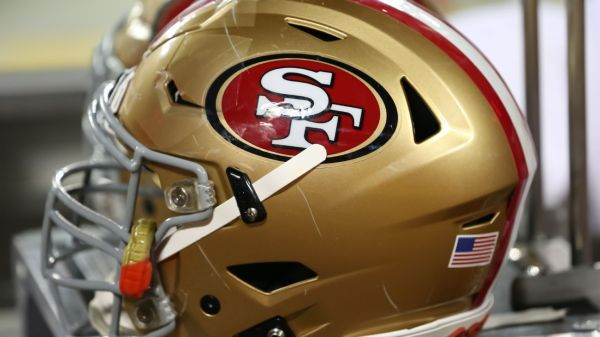 San Francisco 49ers CB Josh Norman sent to hospital with bruised lungs, source says