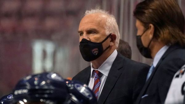 Joel Quenneville coaches Florida Panthers, doesn't talk to media ahead of meeting with NHL commissioner