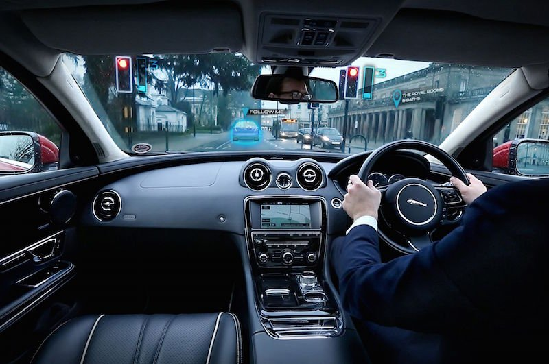 jaguar-transparent-pillar-technology-04