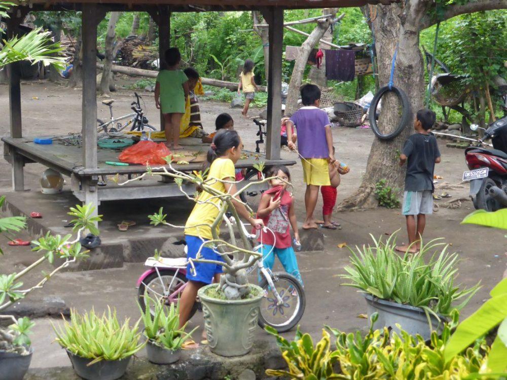 Bali customs