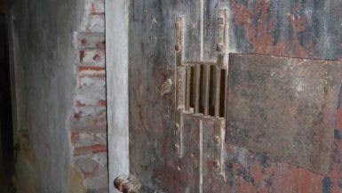 Hanoi Hilton prison cell