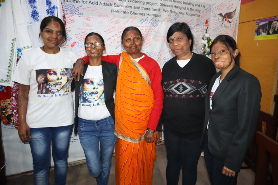 Sheroes Cafe Helps Acid Attack Victims Turn Tragedy into Triumph