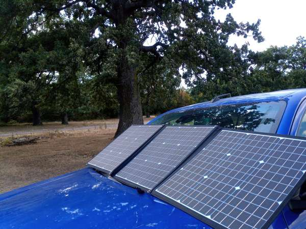 Solar blanket on windscreen