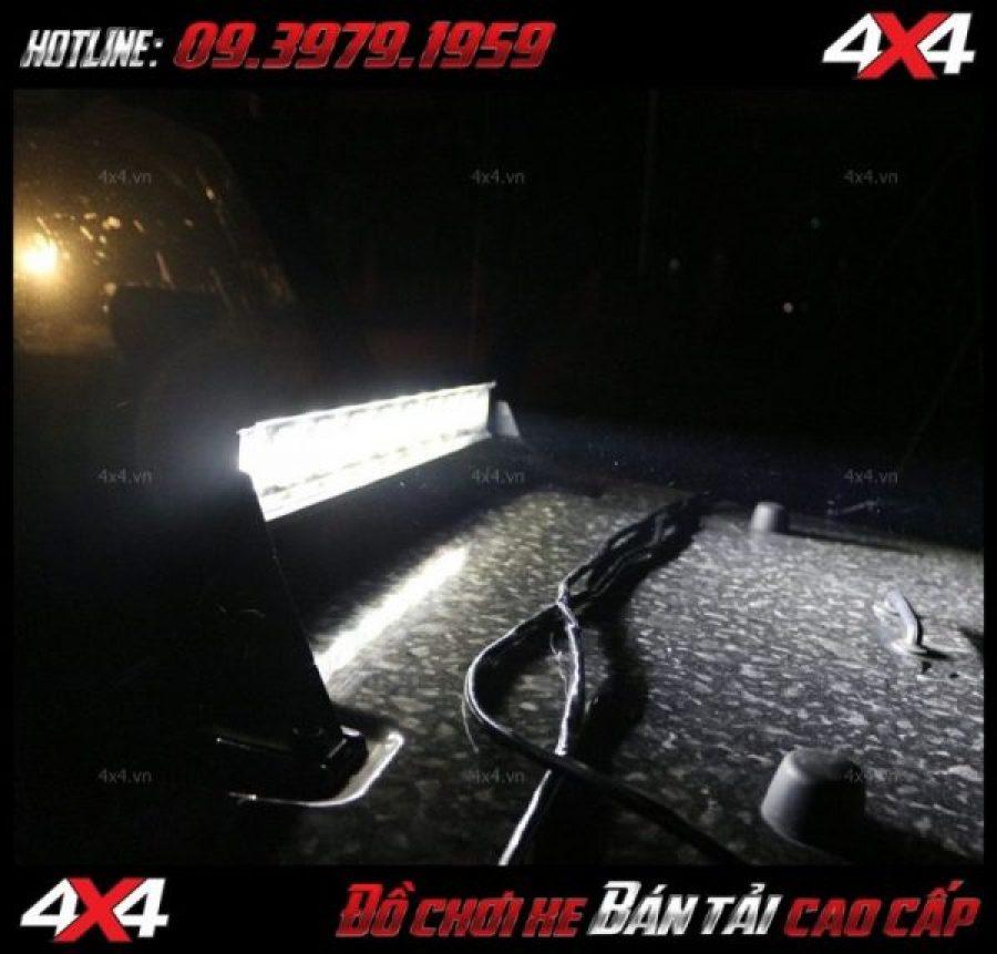 Bức ảnh led bar cho xe offroad: đèn led bar 6D lúp ruồi tăng sáng cho Ford Ranger cực tốt