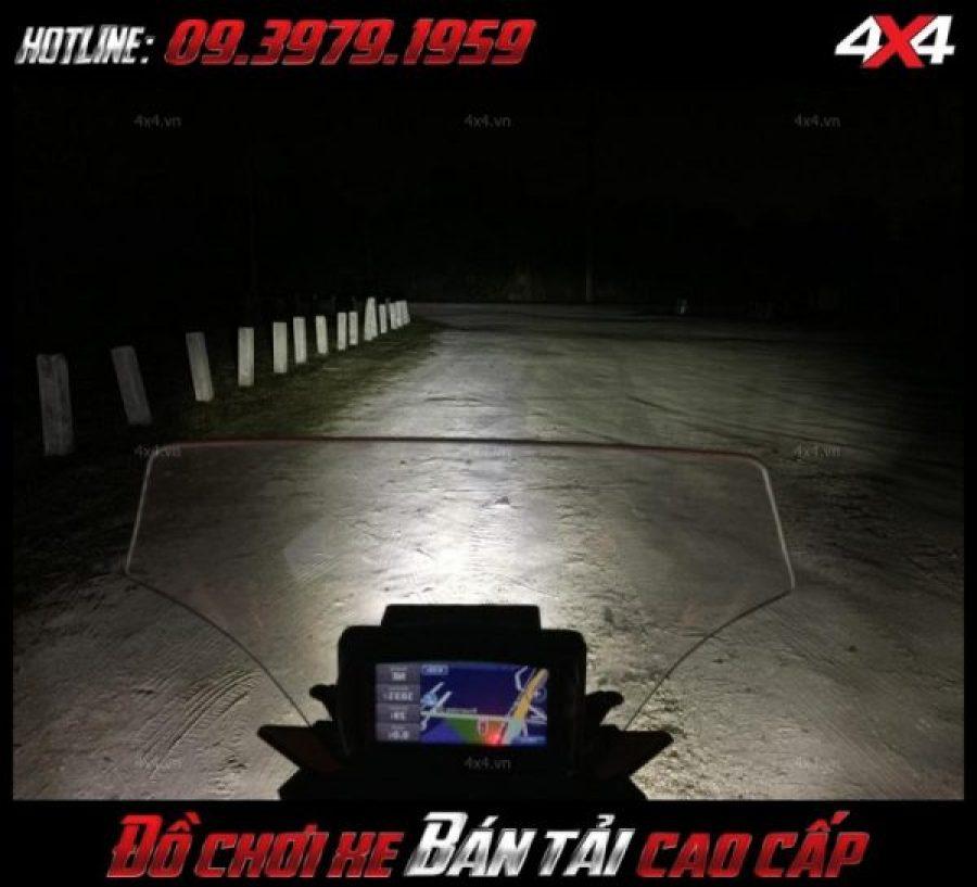 Tấm ảnh led bar <strong>độ đèn Ford Ranger</strong>Led bar <strong>độ đèn Ford Ranger</strong>: Đèn led bar siêu sáng được nhiều người ưa chuộng ở HCM