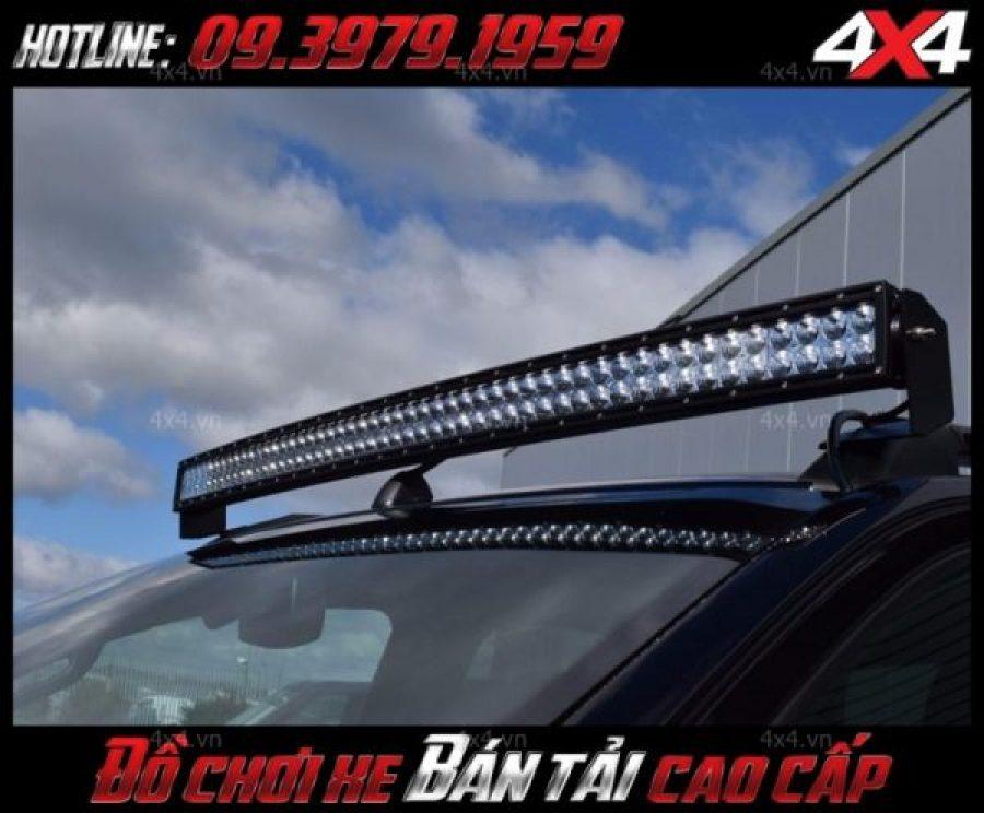 Hình ảnh đèn led bar ô tô độ đẹp gắn nóc xe bán tải