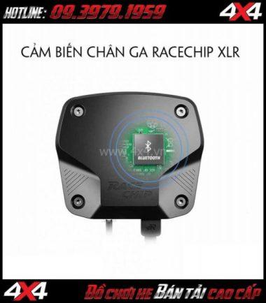 Bức ảnh Cảm biến chân ga Racechip XLR giúp bạn dễ dàng điều chỉnh độ nhạy chân ga ô tô