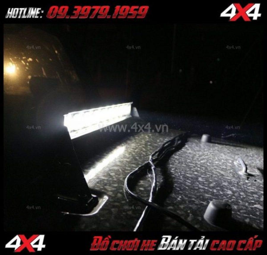 Bức ảnh: Đèn led bar 6D trợ sáng và gắn đẹp cho xe bán tải Ford Ranger 2019 ở HCM