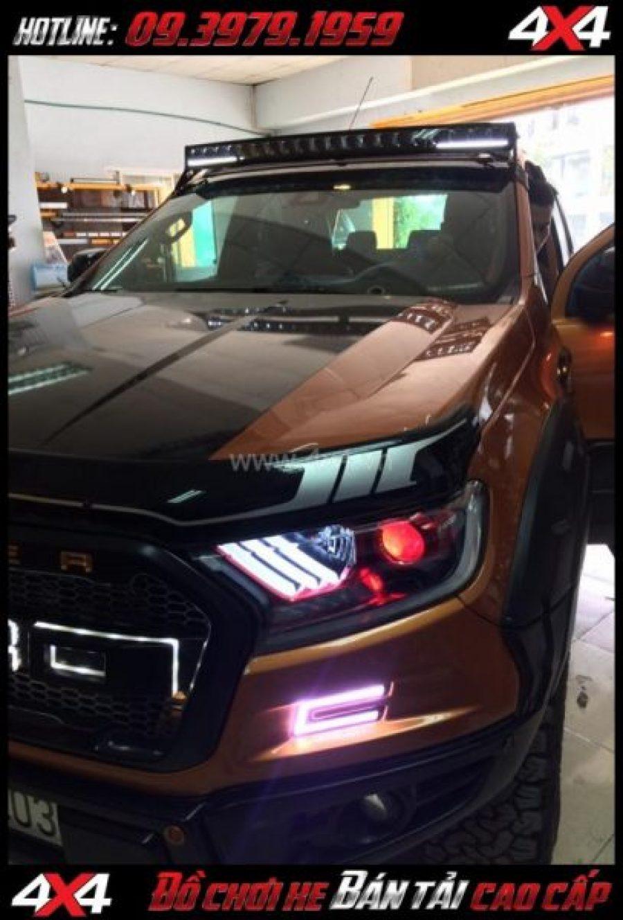 Photo đèn Ford Mustang 3 sọc thẳng lắp đẹp và ngầu cho xe off road Ford Ranger 2019 2018 ở Tp Hồ Chí Minh