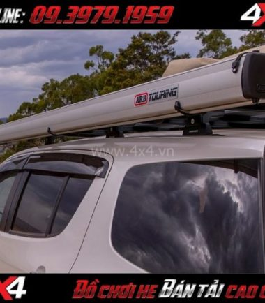 Bức ảnh: Mái che ARB Awning Aluminum hộp nhôm tiện lợi dành các buổi dã ngoại