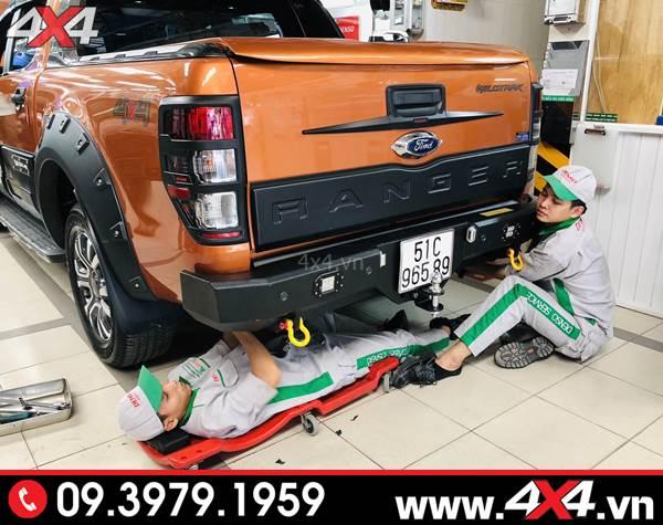 Đồ chơi xe Ford Ranger: ốp cốp sau độ đẹp và ngầu cho xe bán tải Ford Ranger