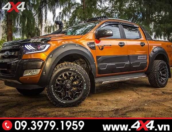 Đồ chơi xe Ford Ranger: Chiếc bán tải Ford Ranger gắn ốp cua lốp đinh giọt nước ngầu và chất tại HCM