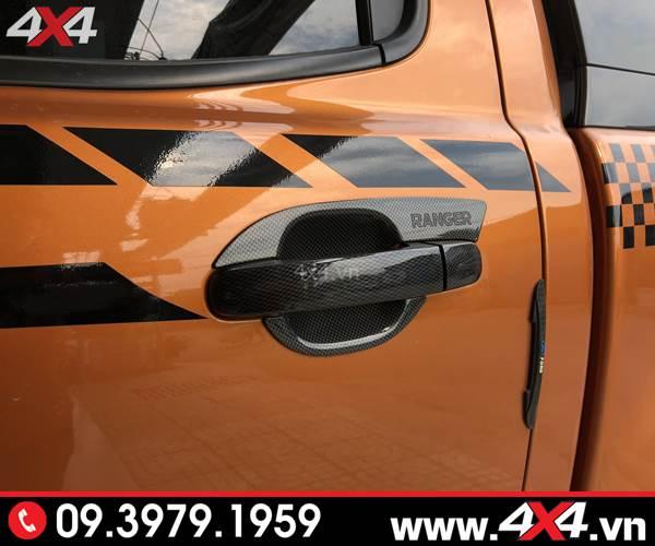 Ốp tay nắm ốp chén cửa carbon độ cứng cáp và sang trọng dành cho xe bán tải