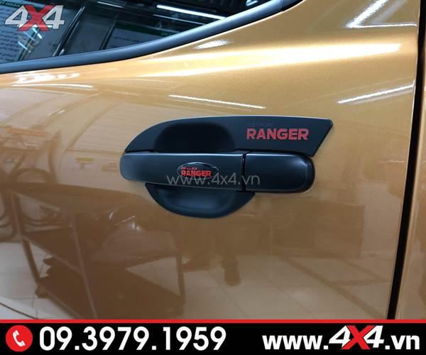 Ốp tay nắm, ốp chén cửa màu đen độ đẹp và cứng cáp cho xe ford Ranger