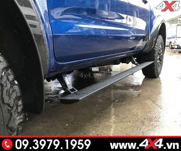 Bậc bước chân Ford Ranger loại chỉnh điện sang trọng và đẳng cấp cho xe bán tải