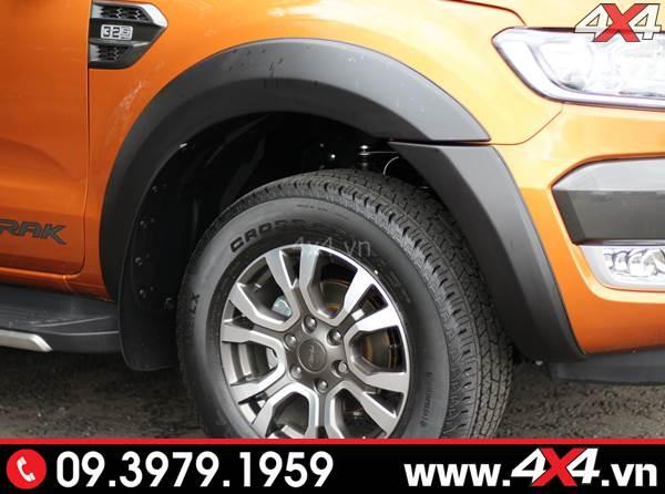 Ốp cua bánh Ford Ranger loại trơn đẹp và cứng cáp độ xe bán tải Ford Ranger