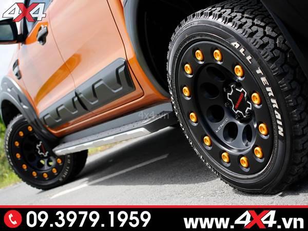 Ốp hông cửa Ford ranger bản nhỏ độ đẹp và hài hòa cho xe bán tải Ford Ranger