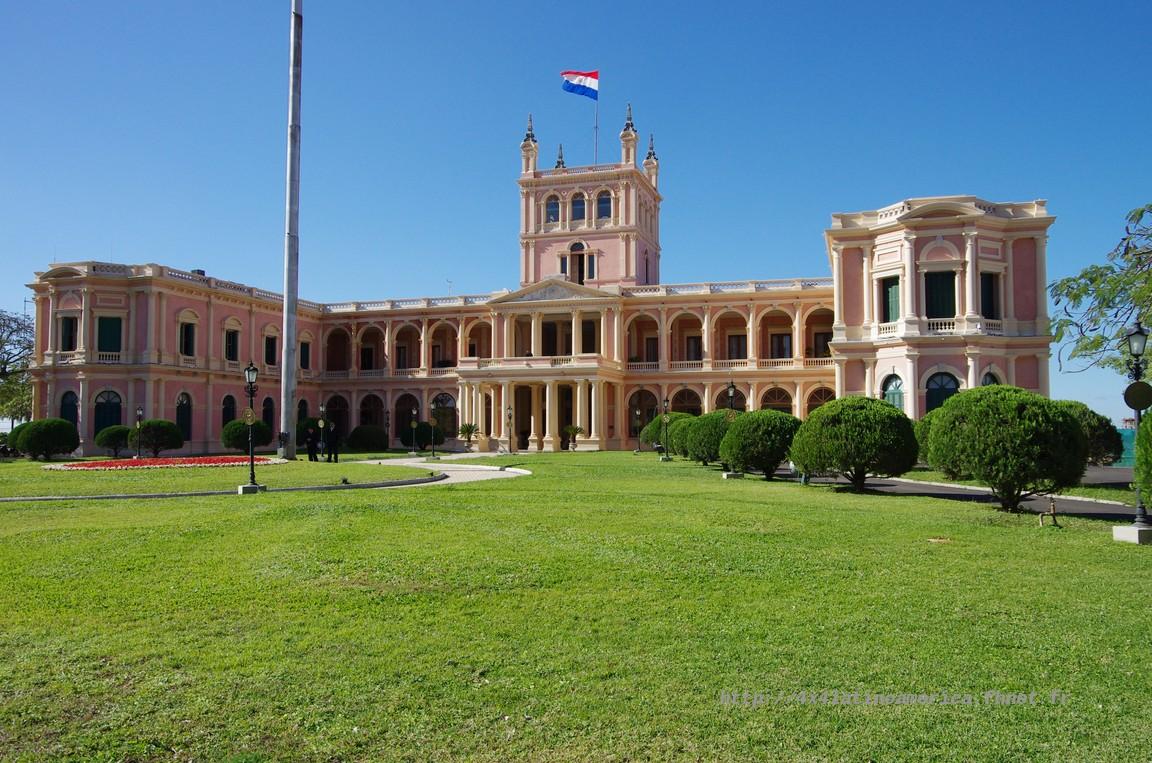 Entrée au Paraguay