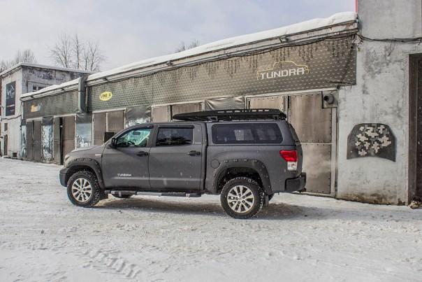 Toyota-Tundra-Platinum-line-x-3