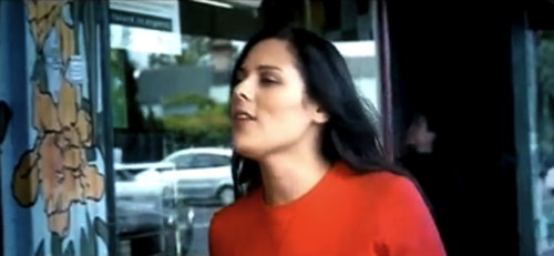 "Anika Moa ""Good In My Head"""