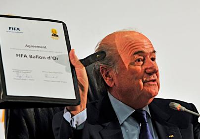 Sepp Blatter at signing of agreement creating FIFA Ballon d'Or in Johannesburg 2010 (Credit: Marcello Casal Jr./ABr)
