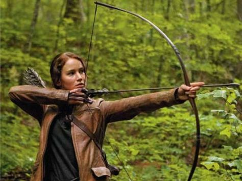 Jennifer-Lawrence-Hunger-Games-Katniss-Bow