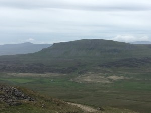 Pen-y-Ghent seen from Fountains Fell, on the Pennine Way (LEJoG walk blog, Day 46)