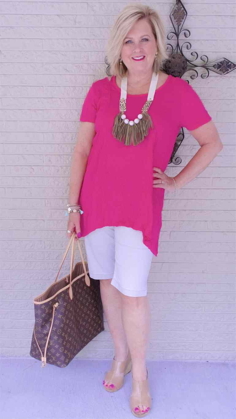 50 IS NOT OLD | HOW TO DRESS UP A T-SHIRT | FASHION OVER 40