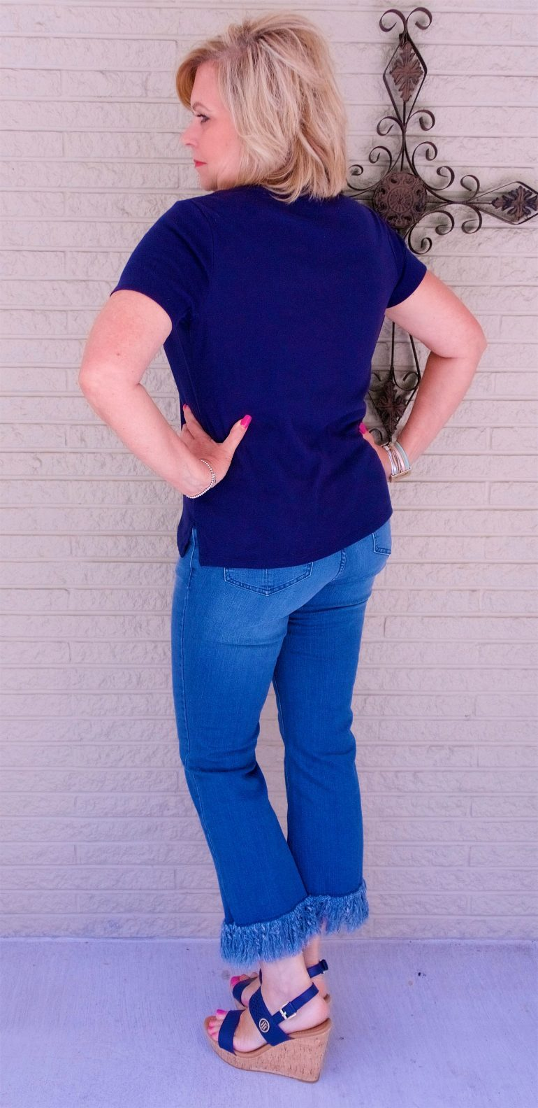 50 IS NOT OLD | HOW MANY OUTFITS CAN YOU MAKE WITH A T-SHIRT | FASHION OVER 40