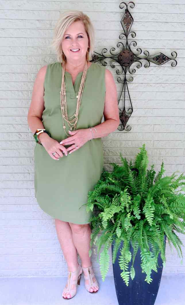 50 IS NOT OLD | LINEN DRESS WITH POCKETS | FASHION OVER 40