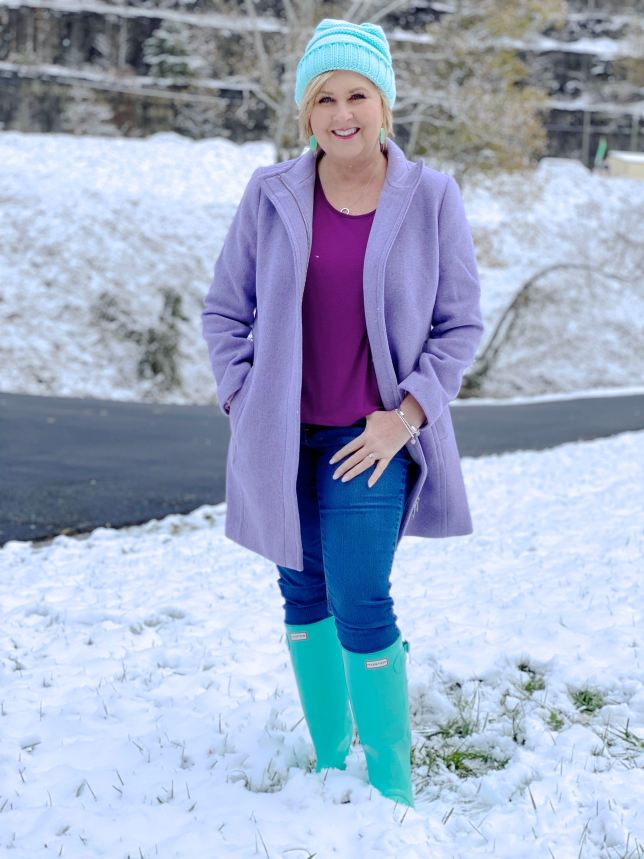 Purple wool coat and blue accessories