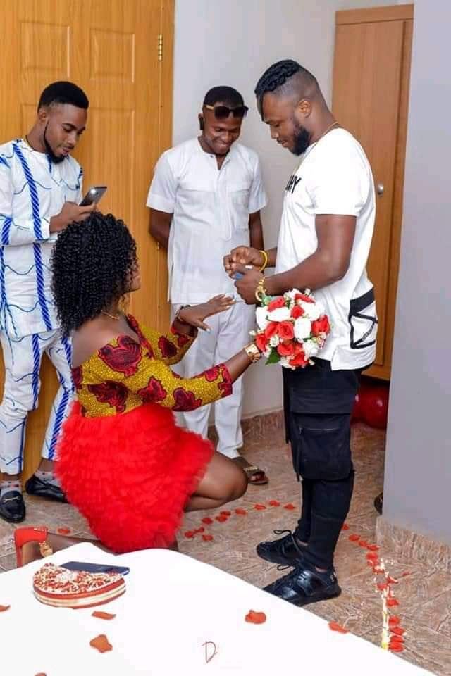 Reactions as Lady Knee to Collect Proposal Ring From Her Fiancee Reactions as Lady Knee to Collect Proposal Ring From Her Fiancee IMG 20200921 220325