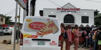 Old English Bakery gives Free Loaves Of Bread to Lagosians.