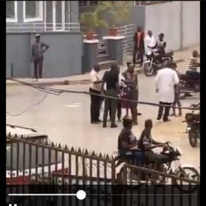 see how a policeman was caught beating a man in lagos state (video) - BeautyPlus 20201113134038 save 300x300 - See How A Policeman Was Caught Beating A Man In Lagos State (Video) see how a policeman was caught beating a man in lagos state (video) - BeautyPlus 20201113134038 save - See How A Policeman Was Caught Beating A Man In Lagos State (Video)