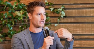 What are Justin Hartley's total assets? A glance at his fortune and extravagant Encino home in 'VIP IOU' appearance justin hartley's - 88 1 300x158 - What are Justin Hartley's total assets? A glance at his fortune and extravagant Encino home in 'VIP IOU' appearance justin hartley's - 88 1 - What are Justin Hartley's total assets? A glance at his fortune and extravagant Encino home in 'VIP IOU' appearance