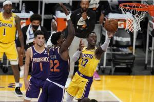 lakers celebrate playoff homecoming in 109-95 win over suns - 1000 1 300x200 - Lakers celebrate playoff homecoming in 109-95 win over Suns