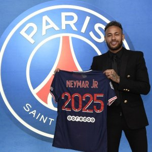 Neymar after extending his stay at PSG to 2025 paris saint germain - 20210508 144214 300x300 - Football: Neymar end rumour of return to Spain, Signed a new long-term deal with PSG