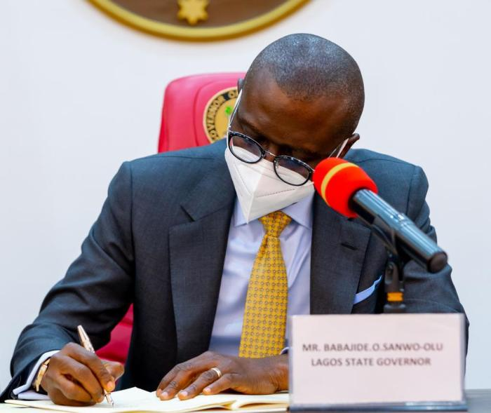 just in: sanwo-olu signs the value added tax (vat) bill into law. - EFpcpXSX Sanwo Olu - JUST IN: Sanwo-Olu signs the Value Added Tax (VAT) Bill into law.