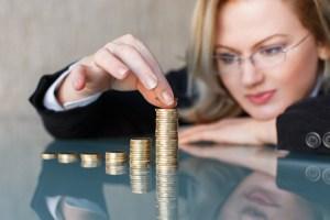 Nur wer früh genug die Finanzen im Alter plant, hat Erfolg. Bild: ©sakkmesterke/fotolia.com