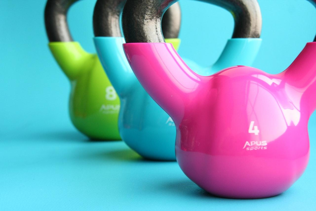 weight-training kettle bells