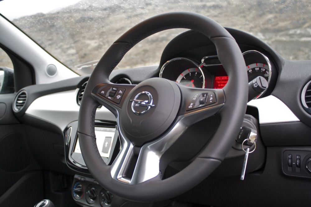 Opel adam launch and first drive for Interior opel adam