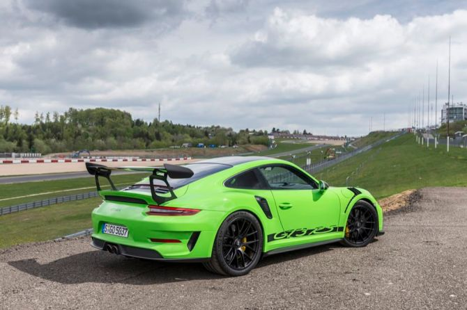 Porsche 911 GT3 RS rear view