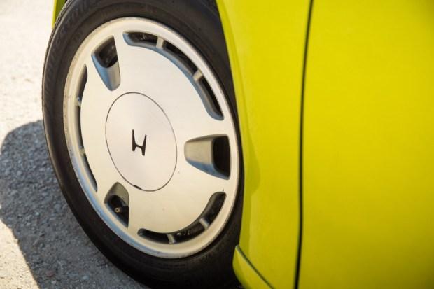 Honda Insight wheel
