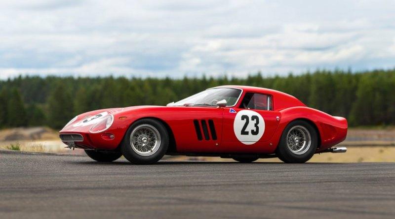 Ferrari 250 GTO side view