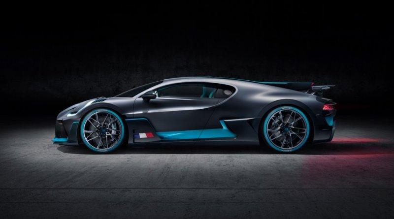 Bugatti Divo side profile