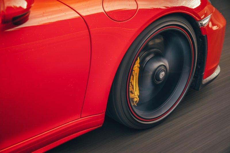 911 Speedster wheel