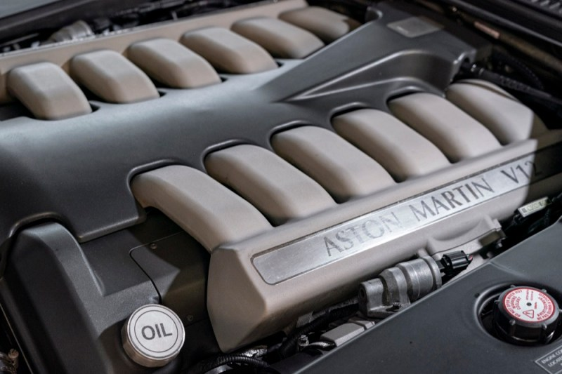 Aston Martin DB7 V12 Vantage engine