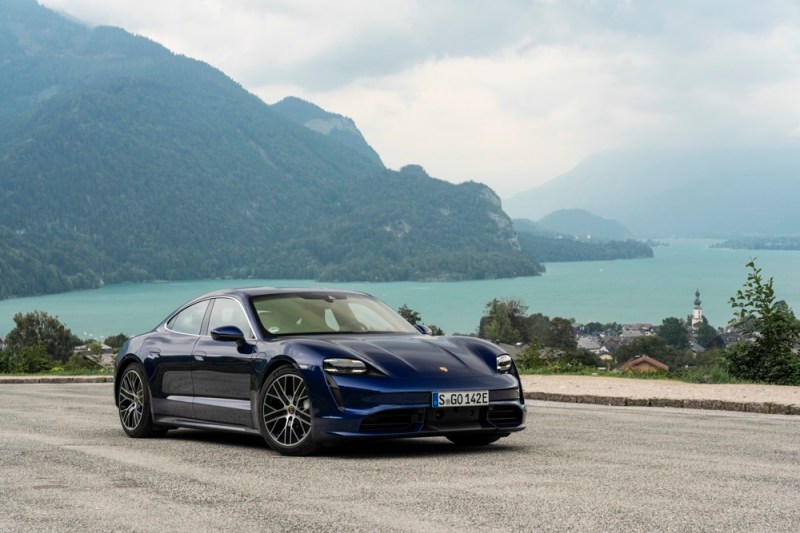 Porsche Taycan Turbo blue